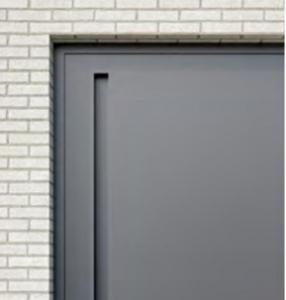 Deurpanelen met alu deurgrepen